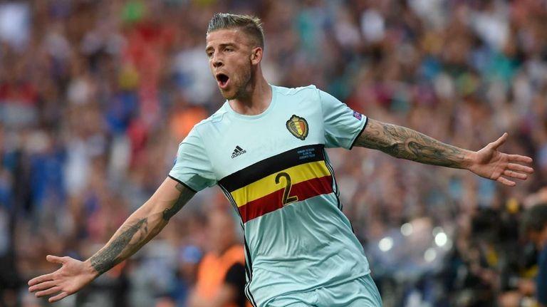 Belgium's defender Toby Alderweireld celebrates his goal during