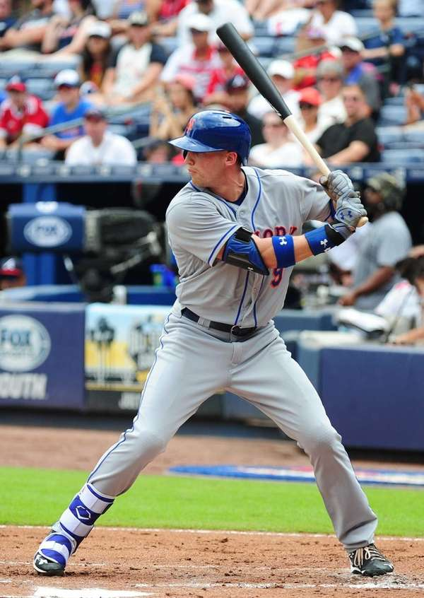 Brandon Nimmo of the New York Mets hits