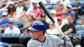 Brandon Nimmo of the New York Mets hits