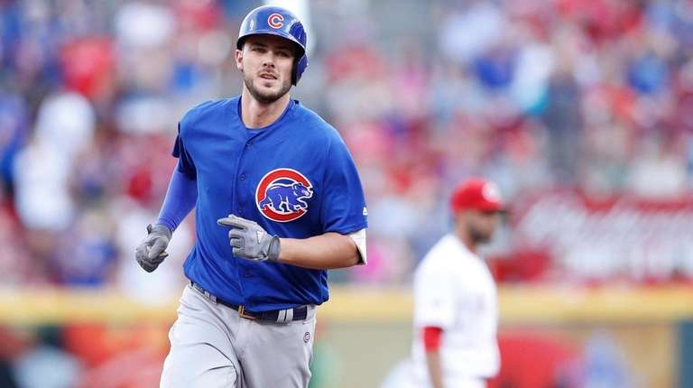 Kris Bryant of the Chicago Cubs rounds the
