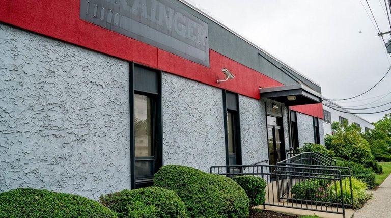 Keystone Electronics is buying the former W.W. Grainger