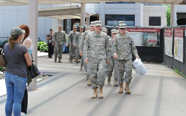 West Point cadets arrive at Stony Brook University