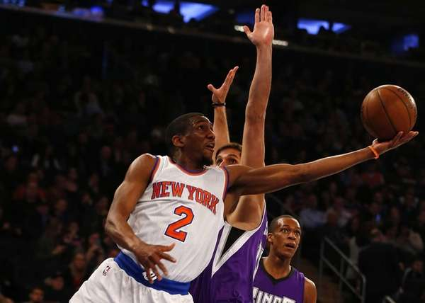 Langston Galloway of the New York Knicks goes