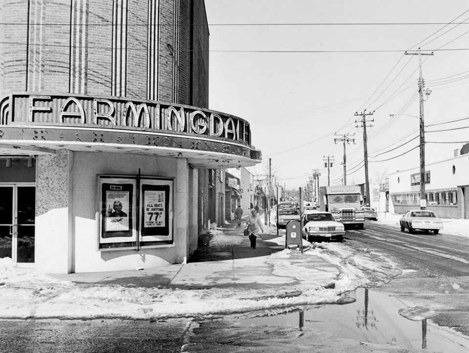 The Farmingdale Theater on Main Street in Farmingdale