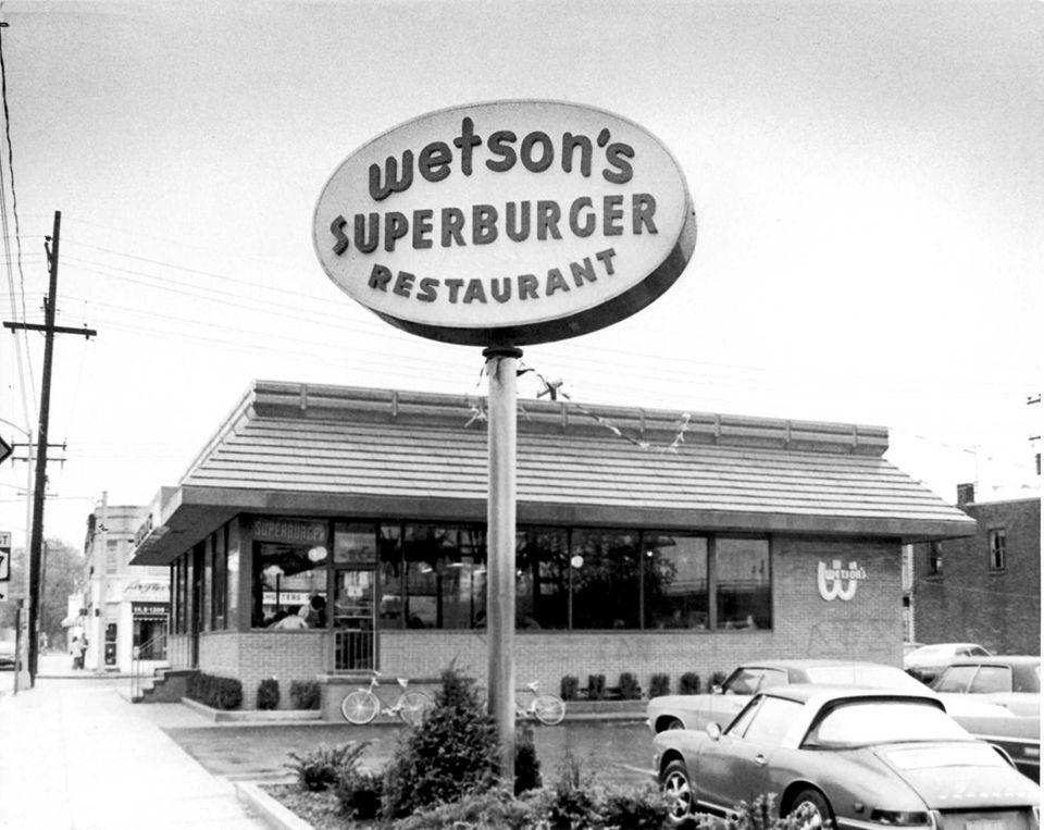 Wetson's Superburger Restaurant, at Sunrise Highway and Rockaway