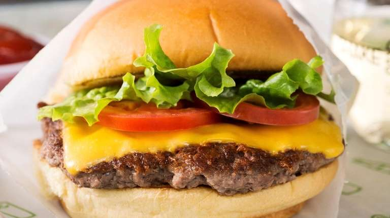 Shake Shack and more chain cheeseburgers ranked.