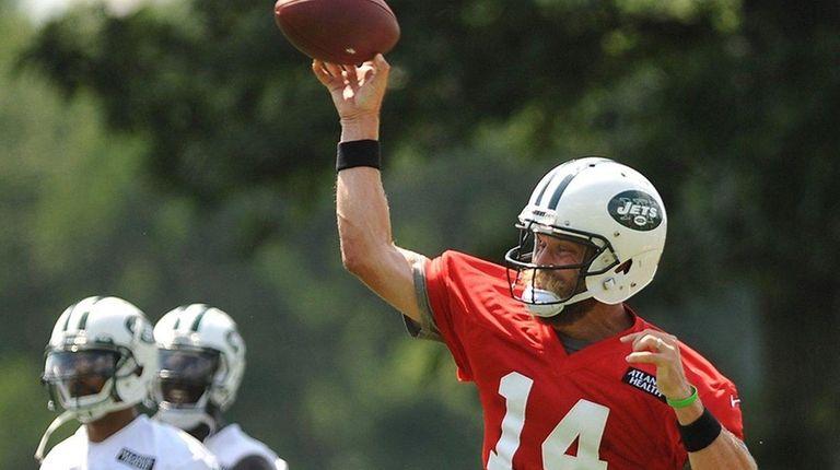 Ryan Fitzpatrick #14, New York Jets quarterback, throws
