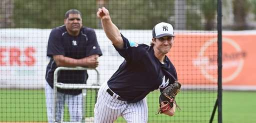 New York Yankees Bryan Mitchell throws a live
