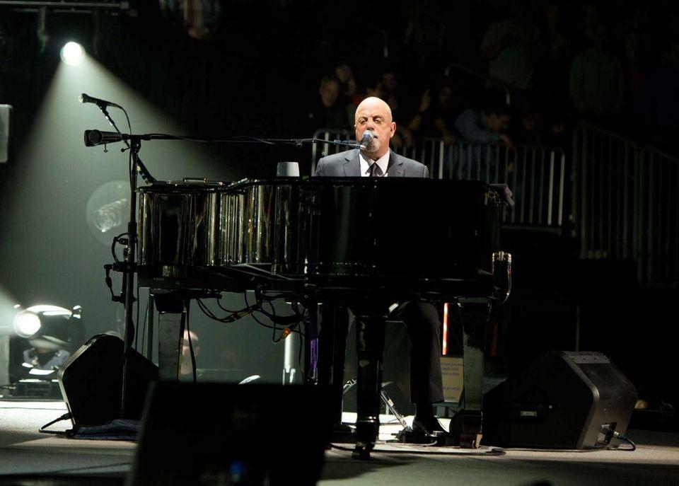 Dec. 31 (2013): Joel performs at Barclays Center.