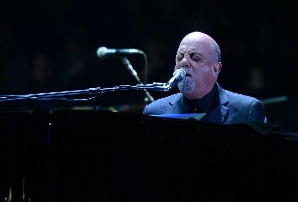 Jan. 27, 2014: Billy Joel begins his Madison