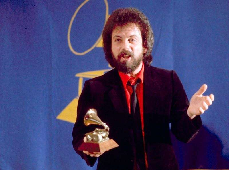 Feb. 25, 1992: Billy Joel receives the Grammy
