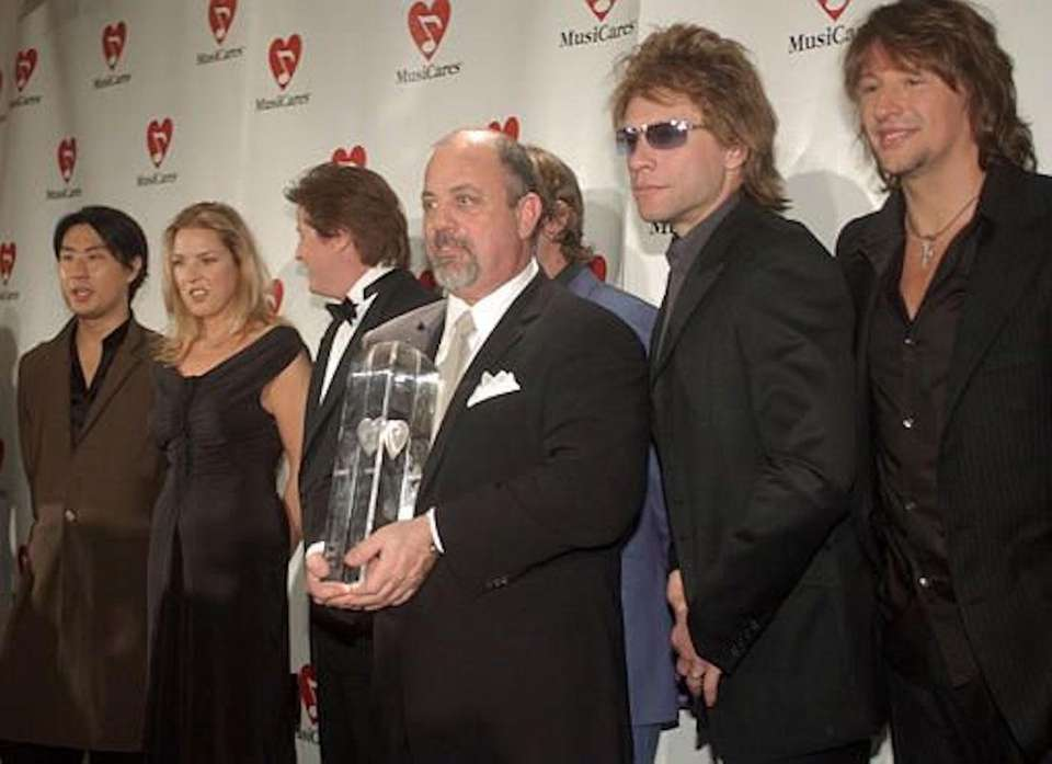 Feb. 25, 2002: Billy Joel receives the person