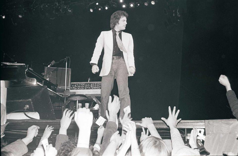 March 5, 1978: Billy Joel kicks off the