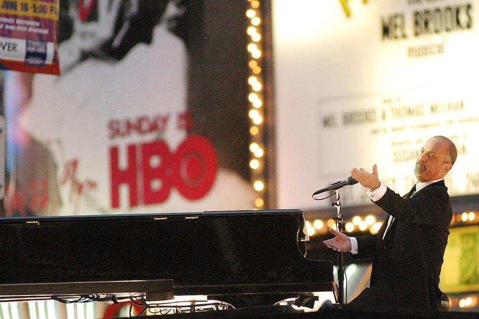 June 8, 2003: Billy Joel opens the Tony
