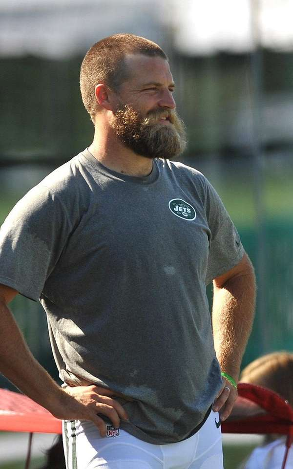 Jets' Ryan Fitzpatrick sports a new haircut after