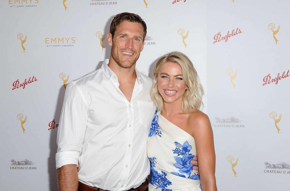 Dancer-actress Julianne Hough and NHL pro Brooks Laich