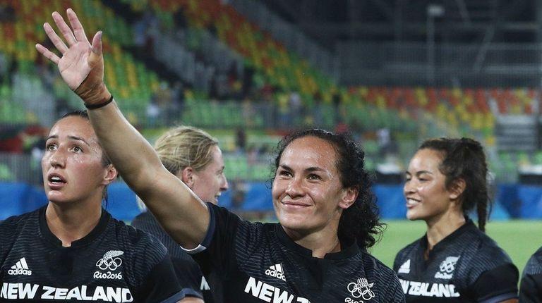Portia Woodman of New Zealand celebrates after defeating