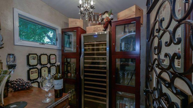 The wine tasting room in this Shoreham cape,