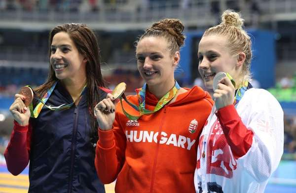 Winner Hungary's Katinka Hosszu, center, second placed Britain's