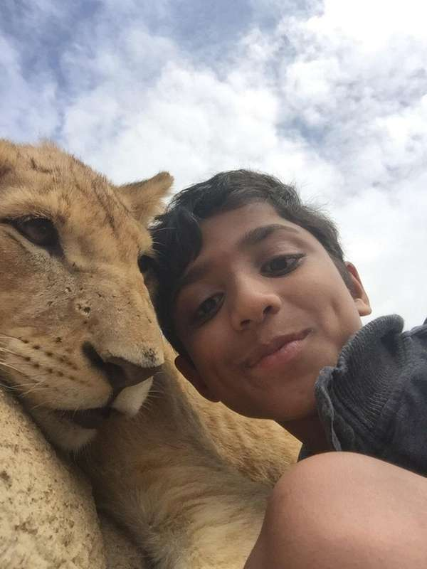 Kidsday reporter Asher Thomas took a selfie with