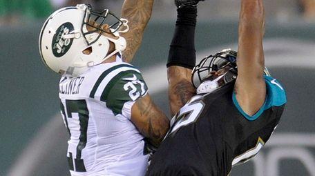 Jacksonville Jaguars wide receiver Allen Robinson (15) makes