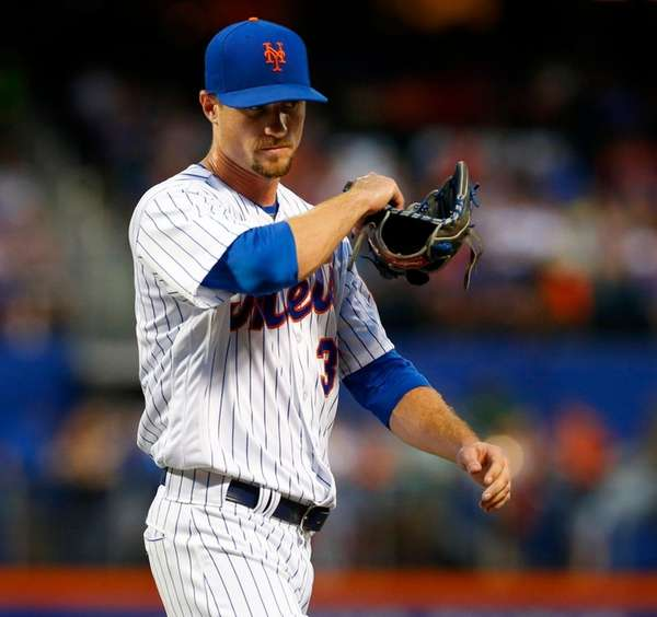 Logan Verrett #35 of the New York Mets