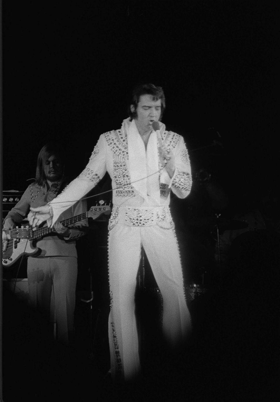 Elvis Presley performs at Nassau Coliseum on June