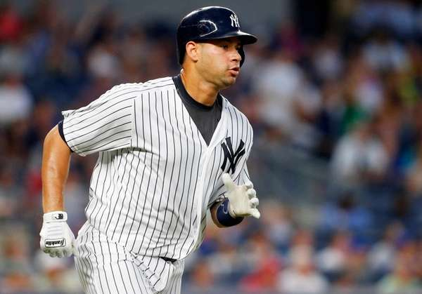 Gary Sanchez of the New York Yankees runs