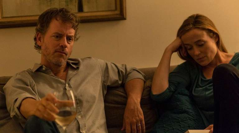Greg Kinnear and Jennifer Ehle in