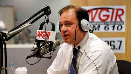 Incumbent Rep. Frank Guinta answers a question during