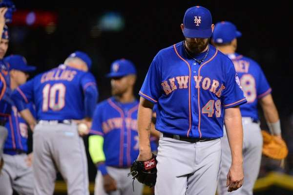 Jonathon Niese is taken out by manager