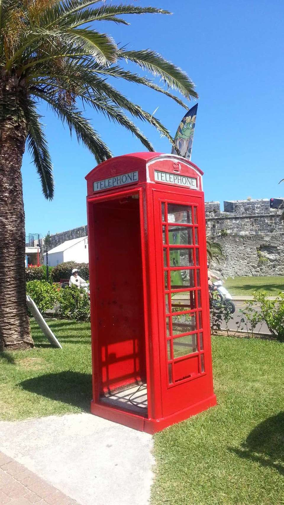 Bermuda phone booth