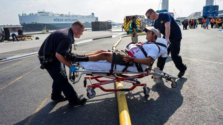 Fake injuries, real training at Port Authority drill | Newsday