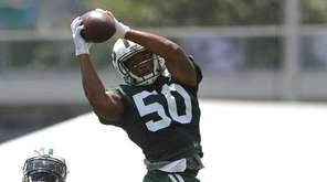 Darron Lee #50, New York Jets rookie linebacker,