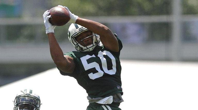 Darron Lee #50, New York Jets rookie linebacker,