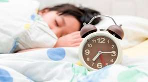 It's time to start adjusting kids' bedtimes --
