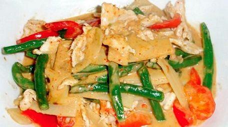 Thai Basil has opened in Lindenhurst serving lunch
