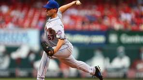 Seth Lugo pitches against the St. Louis Cardinals