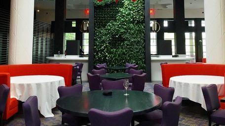 Barto in Roslyn has a striking dining room