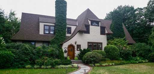 This 1937 Tudor in Brightwaters, on the market