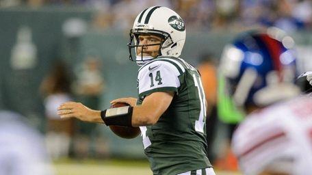 New York Jets quarterback Ryan Fitzpatrick (14)