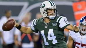 New York Jets quarterback Ryan Fitzpatrick (14) during