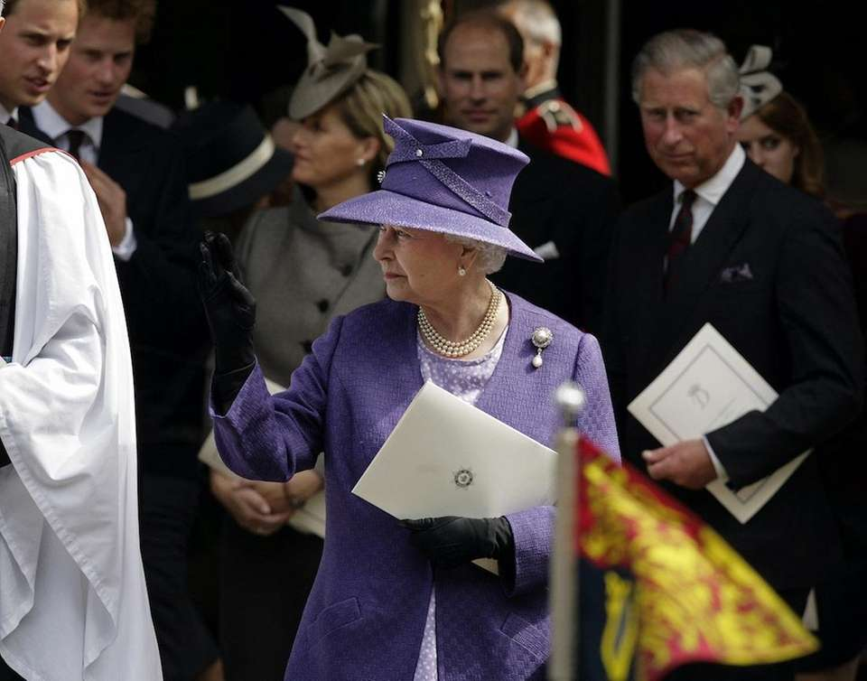 Queen Elizabeth II leaves the memorial service for