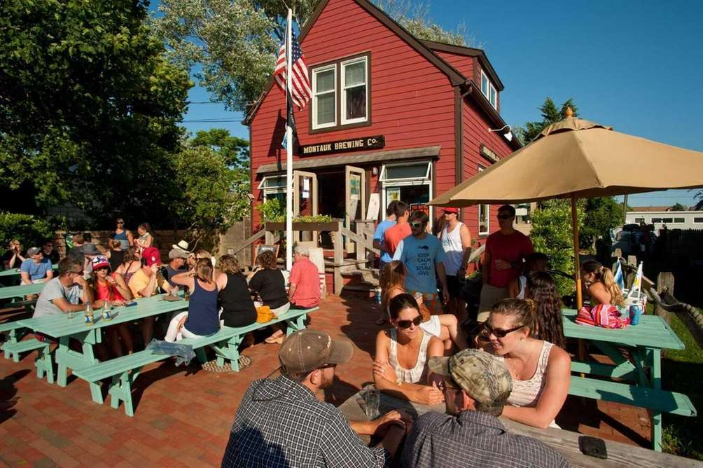 Fall Day Trips For Foodies Montauk Brewing Company