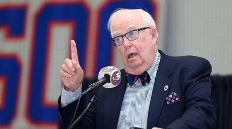 Bill Torrey remembers Al Arbour during a memorial