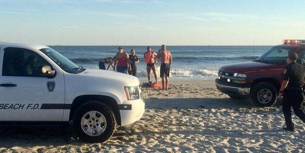 Long Beach rescue personnel at Ocean Beach Park