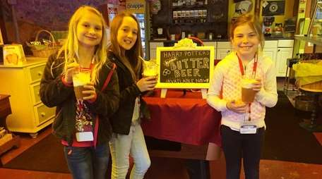 Kidsday reporters, from left, Delaney Lutz, Kate Leigh-Manuell