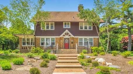 This Brightwaters Colonial, listed for $774,999 in September