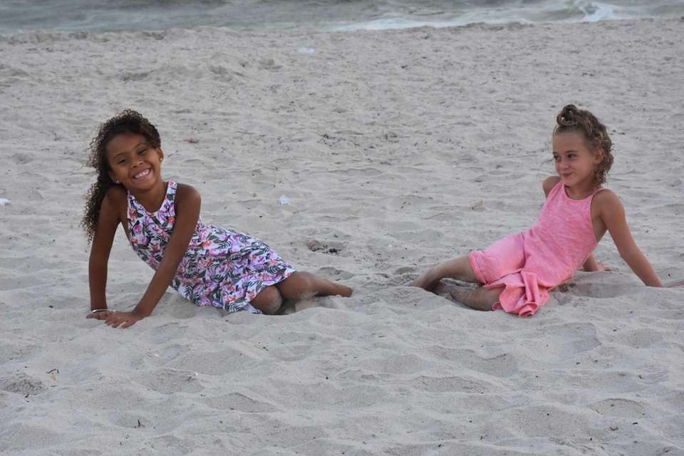 Cailyn and Ava on Tobay beach