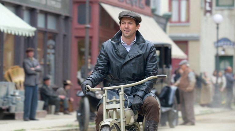 Michiel Huisman plays Walter Davidson, who risks life